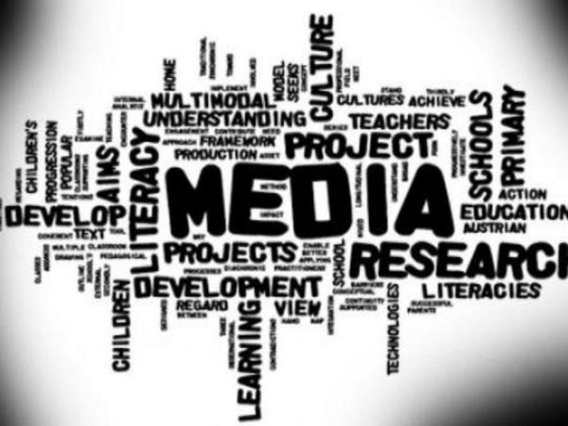 Kemajuan Elektronik Untuk Kebutuhan Komunikasi Media Cetak Semut